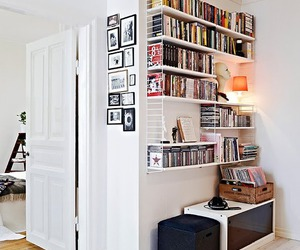 house and books image