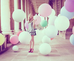 girl and balloons image