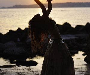 dance, sea, and belly dance image