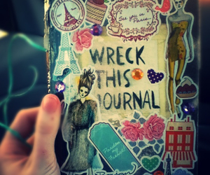 jornal, pretty, and wreck image