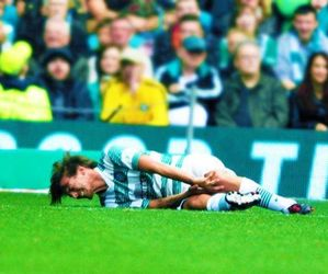 louis tomlinson, one direction, and football image