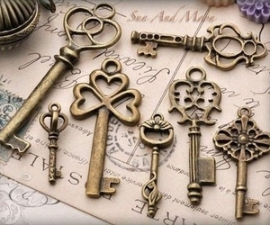 key and vintage image
