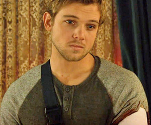 dylan, bates motel, and max thieriot image