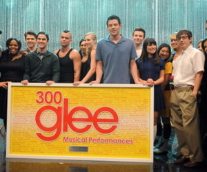 300, glee, and performance image