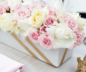 flowers, rose, and centerpiece image