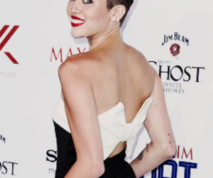 beautiful, gorgeous, and miley cyrus image