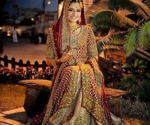 pakistani bride and pakistani fashion image