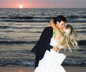 girl, men, and kiss image