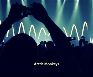 concert, arctic monkeys, and band image