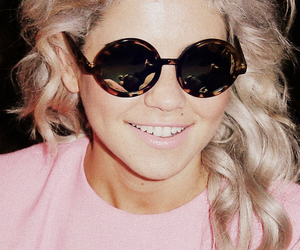 marina and the diamonds, marina, and glasses image