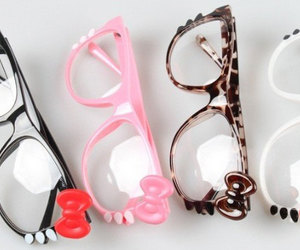 glasses, hello kitty, and pink image