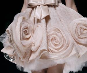 dress, roses, and Zuhair Murad image