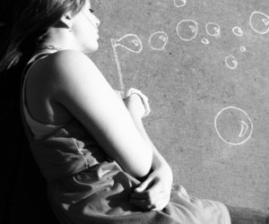 girl, bubbles, and chalk image