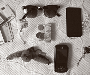 glasses, money, and ipod image