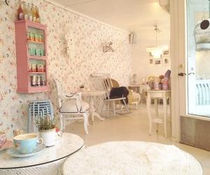 cupcake and room image