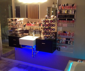 makeup, bathroom, and Dream image