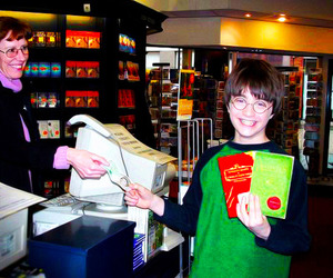 harry potter, daniel radcliffe, and book image