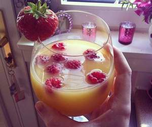 drink, strawberry, and juice image