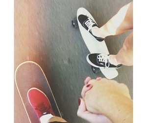 adorable, couple, and holding hands image