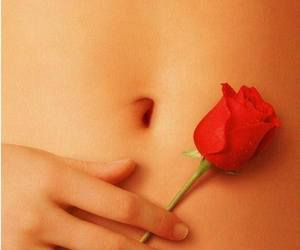 beauty, belly button, and hand image