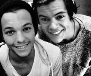 one direction and louis image
