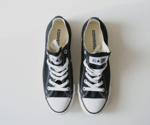 black, converse, and tenis image