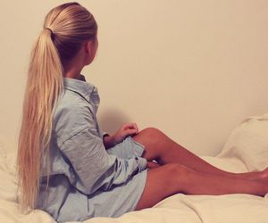beautiful, bed, and blonde image