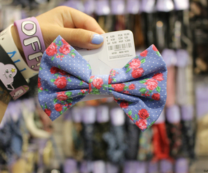 bow, quality, and flowers image