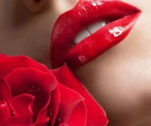 beautiful, kiss, and lip gloss image
