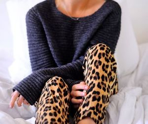 clothes, leopard, and tight image