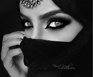 eyes, hijab, and pink image