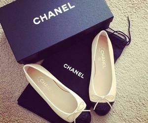<3 and chanel image