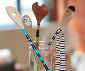 painting wooden spoons image