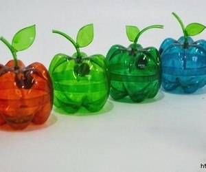 apple and recyclable image