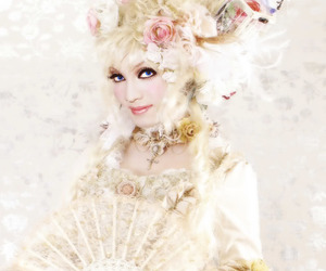 Image by 『 Aesthetic Decadence 』