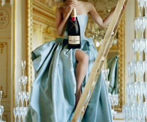 actress, champagne, and Scarlett Johansson image