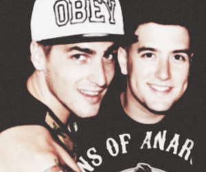 icon, kendall schmidt, and logan henderson image