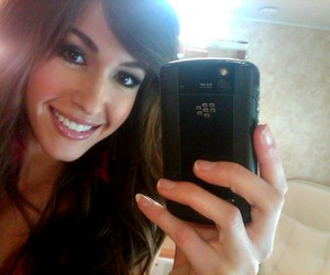 kate voegele and camera phone image