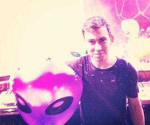 spaceman and hardwell image