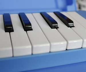 blue, piano, and Teclado image