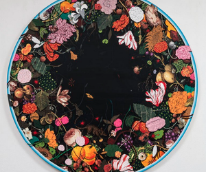 circle and flowers image