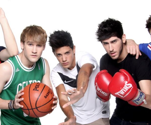 auryn, dani fernandez, and david lafuente image