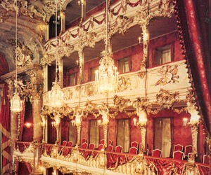 gold and theatre image