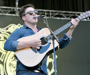 guitar, mumford and sons, and guy image
