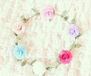 flowers, flower crown, and girly image