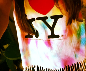 crafty, shirt, and tie dye image