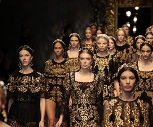 model and dolce&gabbana image