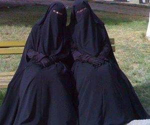 niqab and niqabis image
