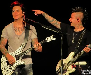 avenged sevenfold, synyster gates, and johnny christ image