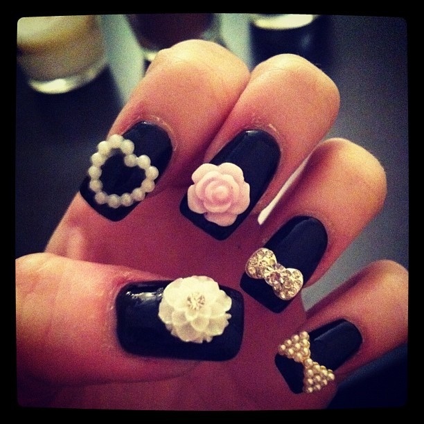 Nails Art Uploaded By Luna Dress On We Heart It